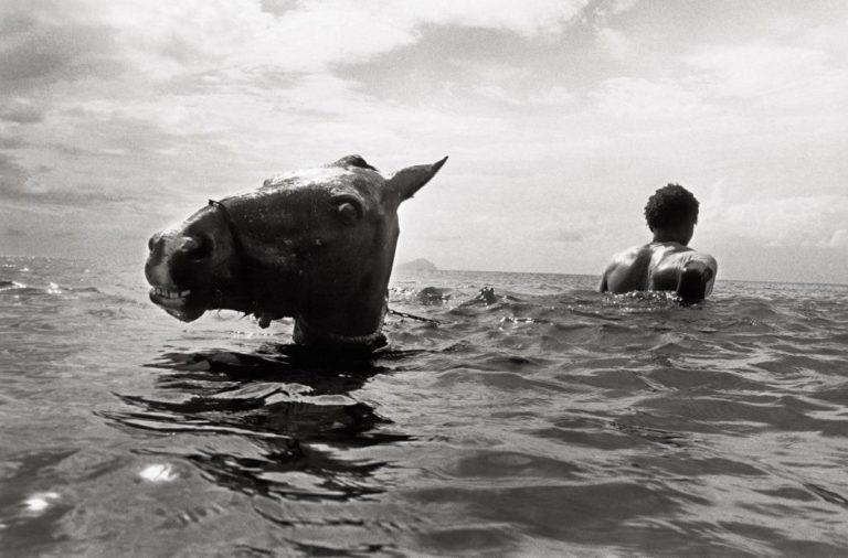 foto by Andy Summers, Bonnefantenmuseum a certain kind of strangenes fototentoonstelling